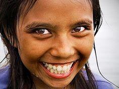 Esas risas contagiosas!!!...que te hacen vivir con alegría :)