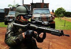 Novo fuzil IA2 substitui o lendário FAL nas Forças Armadas do Brasil. O IA2 é um fuzil de assalto fabricado pela Indústria de Material Bélico do Brasil ...