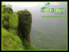 #NelliyampathyHills are found in the town of #Nenmara in the #Palakkad district   http://www.greenleisuretours.com/destination/Nelliyampathy  Reach us GreenLeisure Tours & Holidays for any #Kerala #Tour #Packages   www.greenleisuretours.com  Like us & Reach us https://www.facebook.com/GreenLeisureTours for more updates on #Kerala #Tourism #Leisure #Destinations #SiteSeeing #Travel #Honeymoon #Packages #Weekend #Adventure #Hideout — in Nelliyampathy.
