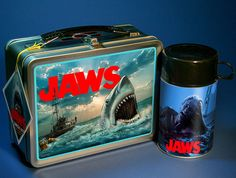 LIMITED EDITION JAWS MOVIE 1975 VINTAGE STYLE LUNCHBOX THERMOS - #01/75 SHARK
