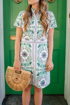 Gal Meets Glam Pink & Green -Tory Burch dress, Mansur Gavriel loafers & Cult Gaia bag