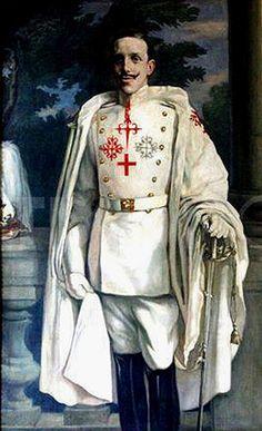 Alfonso XIII  vestido con el hábito de Calatrava
