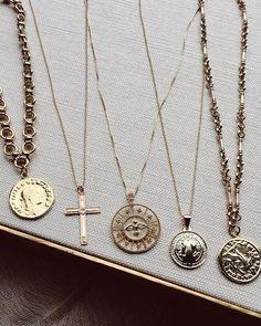 Coin pendant necklac