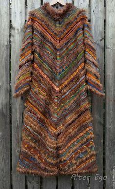 Best 12 Ravelry: Project Gallery for Mitered Cardigan pattern by Elizabeth Zimmermann – SkillOfKing. Diy Crafts Dress, Creative Textiles, Crochet Coat, Crochet Stitches Patterns, Cardigan Pattern, School Fashion, Knitting Designs, Dress Patterns, Knit Dress