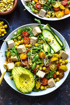 These vegan Summer Buddha Bowls with Turmeric Chickpeas marinated tofu sunflower sprouts and quinoa are nutritious and delicious! Chickpea Recipes, Vegetarian Recipes, Healthy Recipes, Tofu Salad, Marinated Tofu, Legumes Recipe, Clean Eating, Healthy Eating, Food Bowl