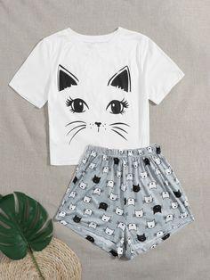 Cute Pajama Sets, Cute Pjs, Cute Pajamas, Pj Sets, Disney Pajamas, Girls Fashion Clothes, Teen Fashion, Fashion Outfits, Cute Lazy Outfits