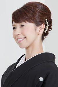 結婚式当日のお母様の髪型を探すならなら「結婚準備室」 Kimono, Hair Beauty, Hair Styles, Fashion, Hair Plait Styles, Moda, Fashion Styles, Hairdos, Kimonos