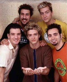 """Justin was the """"generous one.""""   48 Reasons Why The World Desperately Needs An NSYNC Reunion"""