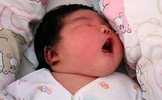 14 Pound Baby born in China! Born In China, Chinese Babies, Life Is Precious, And So It Begins, How Big Is Baby, Baby Born, Pro Life, Beautiful Babies, Birth