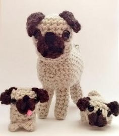 Pug Puppy Pals | Go ahead, just try and resist these adorable little crochet amigurumi pugs.