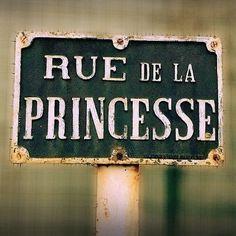 Une princesse quand ça pète ça fait des paillettes ✨