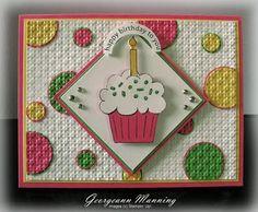 Cupcake card poincon carré ondulé, gateau étampe et cercles poincon effet 3D