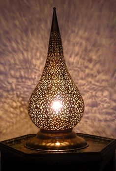 Moroccan Brass table light, Table lamp delicately chiselled patterns. Moroccan Decorating