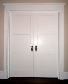 1000 images about window door casings on pinterest for Cottage style interior trim