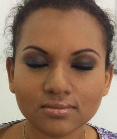 Make up charbonneux + contouring