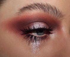 eyeshadow lashes glitter makeup