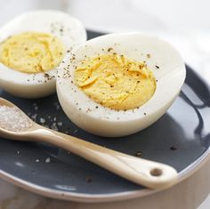Perfect boiled eggs. I have tried the egg timer that changes color or simmering them for a specific time but this is so easy.