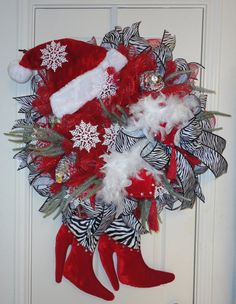 The Diva Deco Mesh Christmas Wreath - Betty Mesh Ribbon Wreaths, Owl Wreaths, Christmas Mesh Wreaths, Winter Wreaths, Wreath Crafts, Deco Mesh Wreaths, Christmas Store, Hairbows, How To Make Wreaths