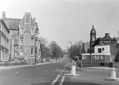goldsmith st and shakespeare st 1971 Nottingham Trent University, Modern Buildings, Shakespeare, Building Design, Street View, Vintage, Primitive