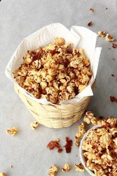 { Little Accidents in the Kitchen }: Maple Bacon Popcorn
