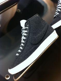 separation shoes a9e2b 6a969 Blazer pillow Accessoire Homme, Mode Homme, Chaussure Basket, Chaussures  Chaussures De Sport,