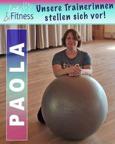 """Paola ist unsere Fachfrau in Sachen Physiotherapie und Osteopathie! 💜 Ihre """"heilenden Hände"""" haben schon viele von unseren Kundinnen helfen können und auch auf der Trainingsfläche ist sie aufgrund ihres Fachwissens und ihrer ruhigen Ausstrahlung sehr beliebt! 😃 #LadyFitnessWerne #Werne #Fitness #Kurse #Outdoorkurse #Team #Power #teamworkmakesthedreamwork #LadyFitnessFamily Lady Fitness, Trainer, Fit Women, Exercise, Gym, Healing Hands, Physical Therapy, Popular, Knowledge"""