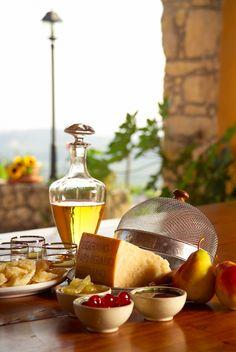 Parmigiano Reggiano.