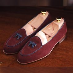 Discover the @harrys1982 #belgianloafer special edition by #theshoemakerworld link in bio. (en Snapchat 👻 shoemakerworld)