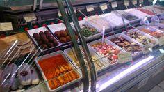 Food in Saint-Germain market. Saint Germain, Chocolate Fondue, Marketing, Desserts, Food, Tailgate Desserts, Deserts, Essen, Postres