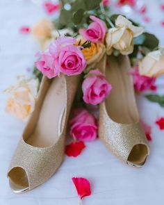 Bridal Shoes | (C) Beginnings For You By Simran | Bridal heels | Golden shimmery shoes | pumps | Wedding shoes | Bridal footwears | trousseau | Matching shoes | Wedding Photography | Roses | Indian Wedding | #fashion #wittyvows #indianwedding #bridalshoes #heels #pumps #goldshoes #bridalwear #trousseau #shopping #weddingphotography #photography #tipsandtricks #photographyideas #weddingblog #roses #romantic Wedding Shoes, Wedding Blog, Wedding Day, Bridal Heels, Gold Shoes, Pump Shoes, Pumps, Real Weddings, Peep Toe
