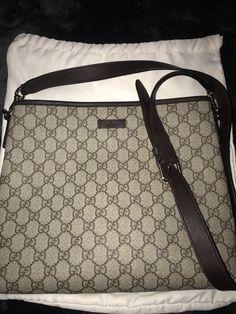 69fa615e1a09 Gucci Crossbody Messenger Bag Gucci Crossbody