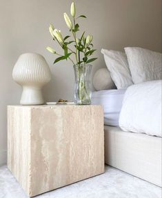 so simple and chic - obsessed! the faux marble nude / neutral / beige square nightstand is such a statement piece but so modern and clean. Love this look for neutral boho home decor. Dream Home Design, Home Interior Design, Home Bedroom, Bedroom Decor, Aesthetic Room Decor, Home And Deco, My New Room, Minimalist Home, Home Decor Inspiration