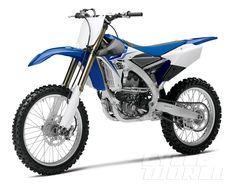 2014 Yamaha YZ250F (Blue) - studio shot