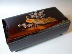 """Japanese Urusi lacquer Jewelry box with a music """"Makie of peacock """""""