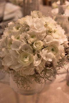 Zita Elze's 'Four Seasons, Four Weddings' Exhibit at the Designer Wedding Show – Autumn & Winter   Flowerona
