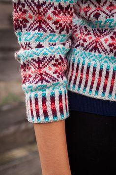 Shetland Rose Cardigan - patrones que hacen punto y Crochet Patterns de KnitPicks.com por Editado por Selecciones de punto Staff On Sale
