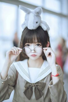 I don't know this is cosplay or just Japanese girl ..but so cute ^^