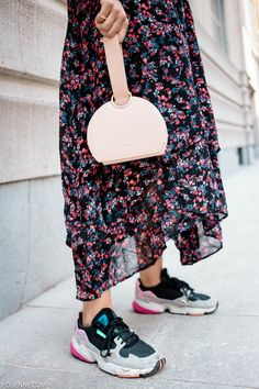 san francisco 93382 3acc0 The contemporary floral look