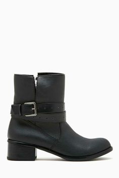3dc0eb1cd81a 96 Best Ankle Boots images