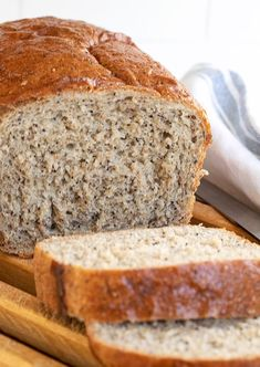 A delicious whole wheat seed bread, sweetened with honey and a variety of seeds for flavour and texture. A great everyday bread!