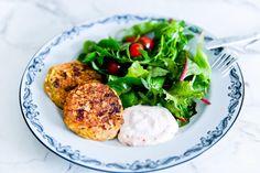 Har ni provat tonfiskbiffar? SÅ goda, nyttiga och smakrika! De går att smaksätta med lite allt möjligt, prova tex att smaksätta dem…