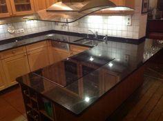 Die Granit Nero Devil Black Küchenarbeitsplatte ist fertig und montiert! Vorher/ Nachher Bilder finden Sie hier:   http://www.maasgmbh.com/aktuelle-koeln-nero-devil-black-granit-kuechenarbeitsplatte-koeln-nero-devil-black