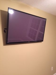 51 034 Samsung Flat Screen TV Have Original Box Make OFFER Seller Motivated | eBay