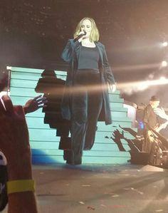 Adele Live, Adele 25, Adele Concert, Adele Photos, Adele Adkins, Cool Lyrics, Someone Like You, Bright Eyes, Anime Naruto