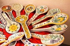 Spoonrest. Hand-made ceramics by Artesia Ceramica.