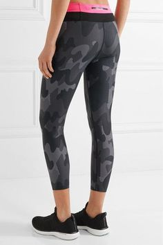 Monreal London - Cropped Camouflage-print Stretch Leggings - Black - x small