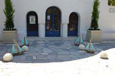 διακόσμηση εξωτερικού χώρου Ι.Ν Αγίου Γεωργίου στο Καβούρι