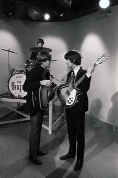 The Beatles 1, John Lennon Beatles, Beatles Photos, Historia Do Rock, Richard Starkey, Lennon And Mccartney, Lonely Heart, British Invasion, The Fab Four