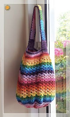 free crochet rainbow bag pattern---I would love to be able to make something like this!!!!