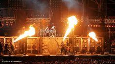 asisitir a un concierto de Rammstein!